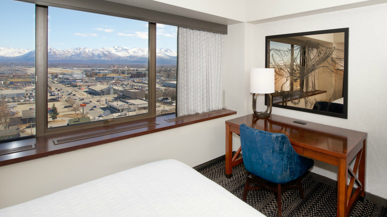 Sheraton Anchorage Hotel & Spa - Accessible Guest Room