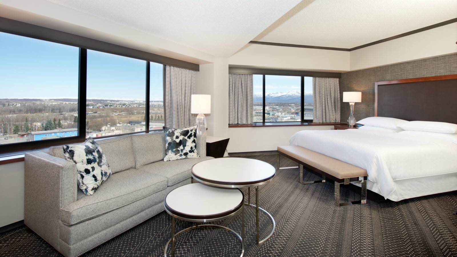 Sheraton Anchorage Hotel & Spa - Junior Suite
